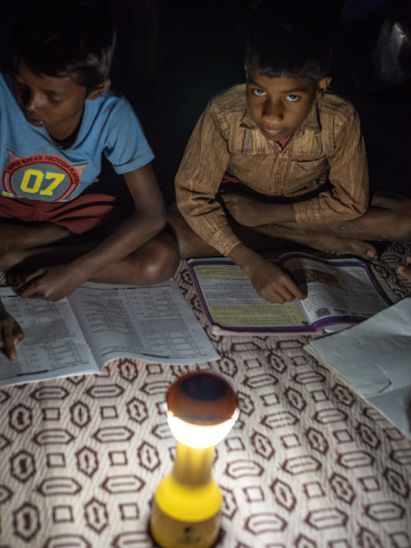 globe award children study solar women